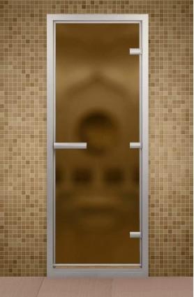 Дверь в парную с порогом